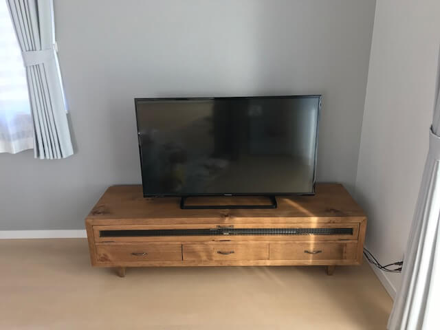 テレビボード無垢