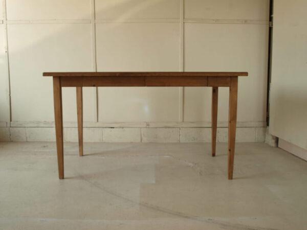 ダイニングテーブル130cm