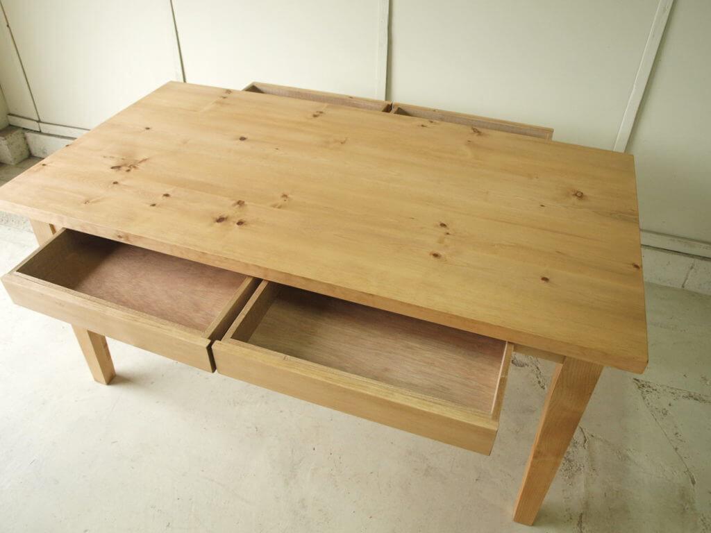 オーダー家具 引き出し付ダイニングテーブル