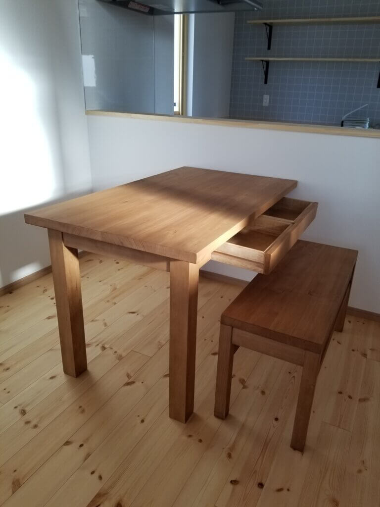 dining_table200730