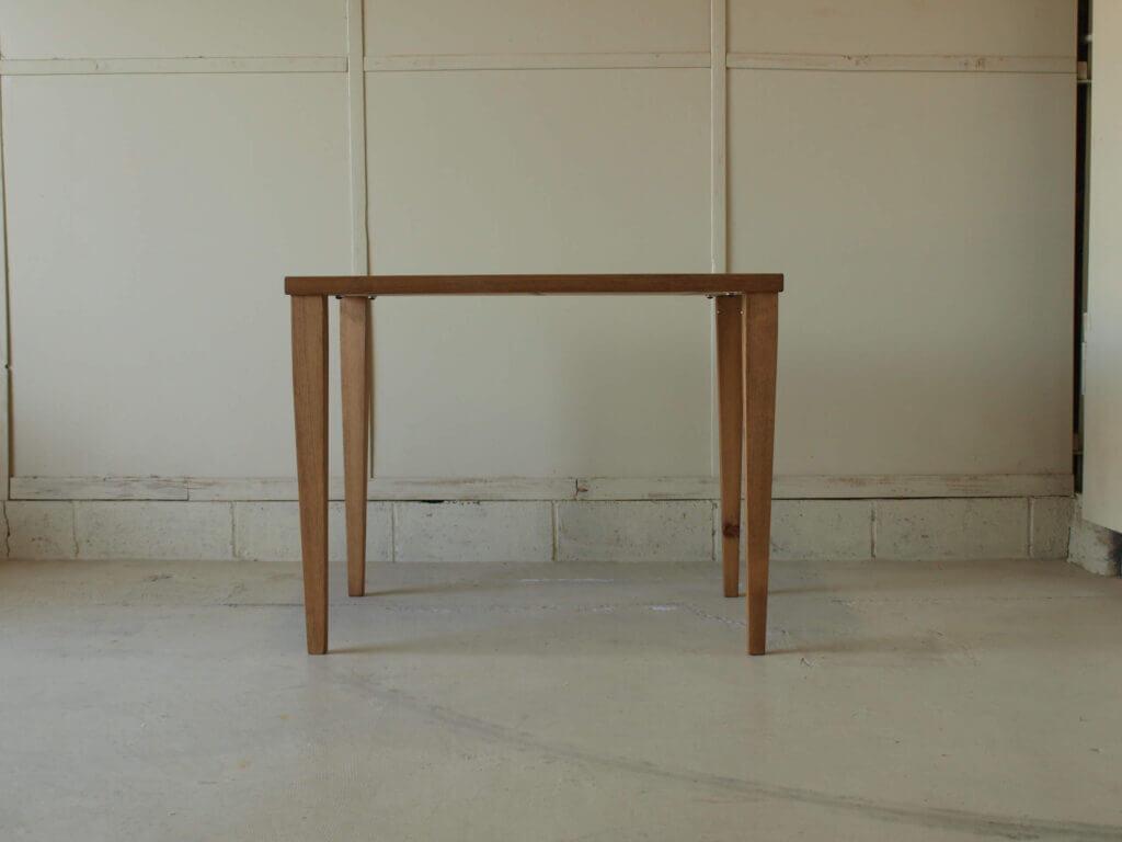 ダイニングテーブル幕板無し無垢家具