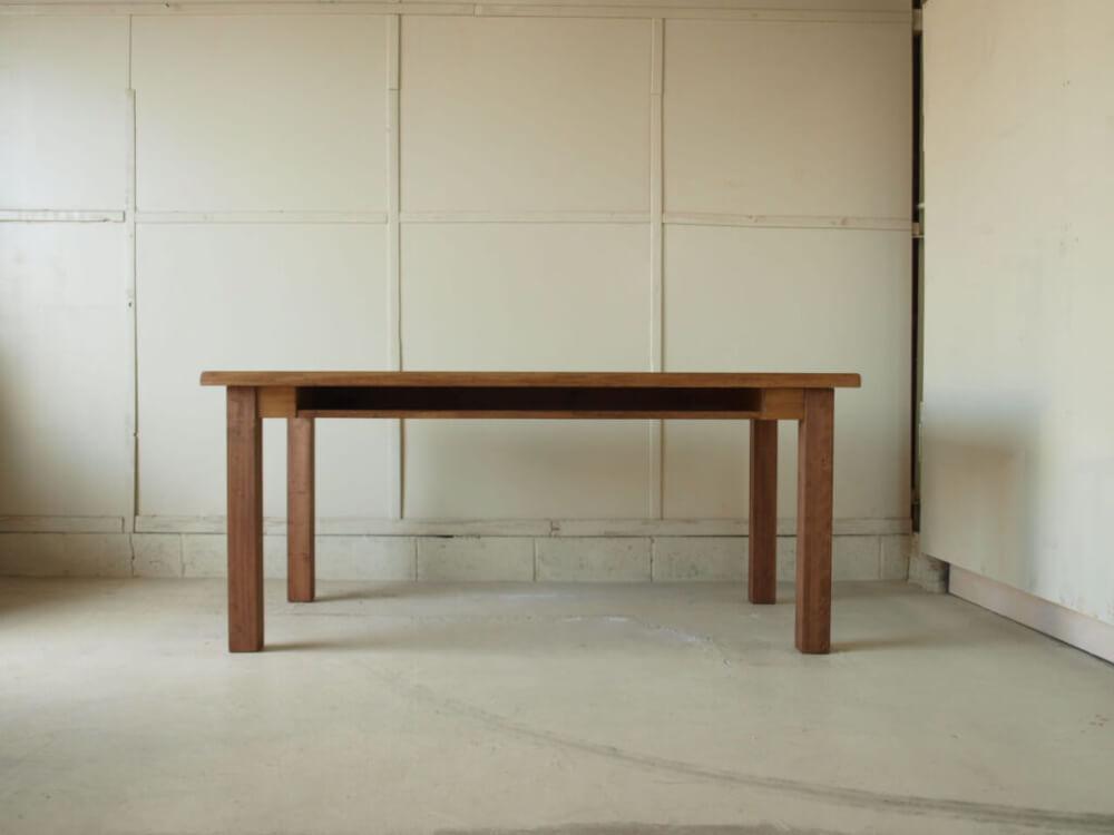 ダイニングテーブル無垢オーダー