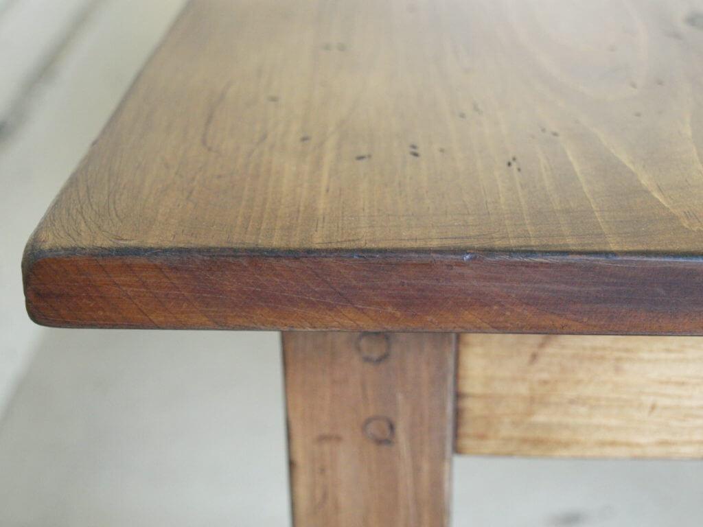 ヴィンテージ加工リビングテーブル