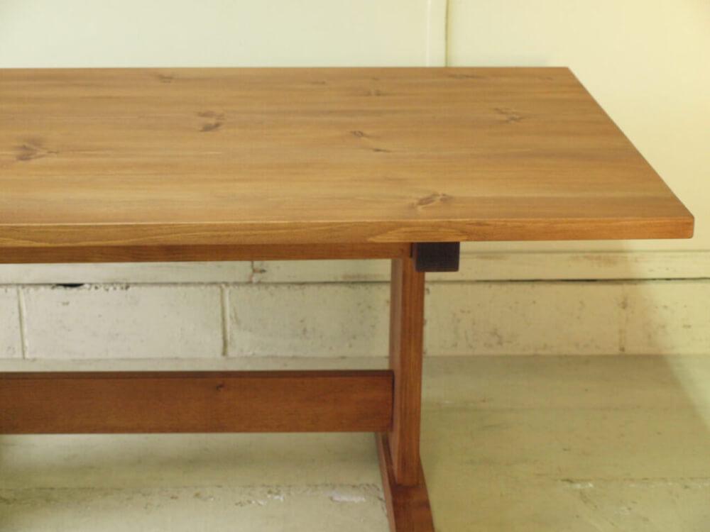 ダイニングテーブル二本脚