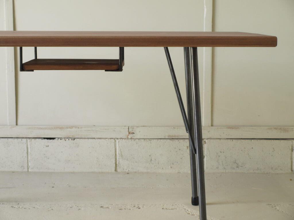 ダイニングテーブル鉄脚