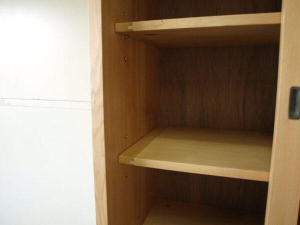 食器棚003