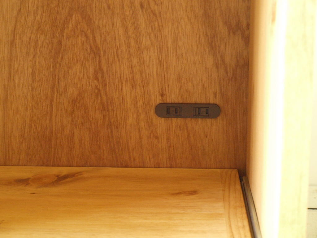 無垢材キッチンボード